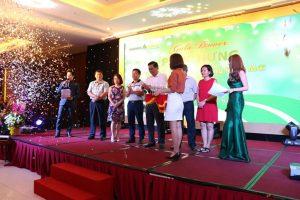 """Gala Dinner: Đoàn """"Phục Hưng Holdings"""" tại Mường Thanh Luxury Hạ Long 2017"""