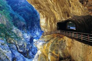 Đi du lịch Đài Loan để ghé thăm vườn quốc gia Taroko Gorge