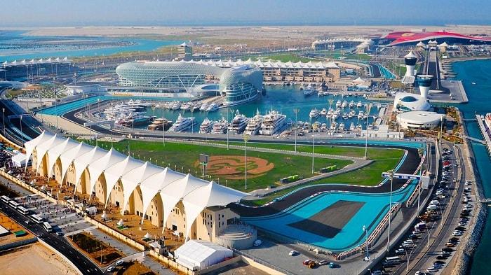 khám phá đảo Yas trong tour du lịch Dubai cao cấp