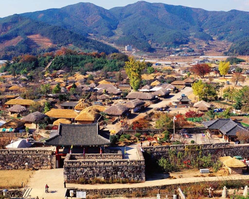 Du lịch Hàn Quốc 5 ngày 4 đêm tham quan làng dân tộc Hanok