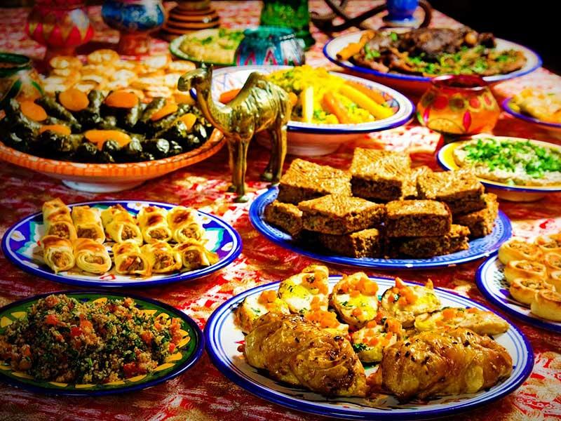 Văn hóa ăn uống cần lưu ý khi đi du lịch Dubai