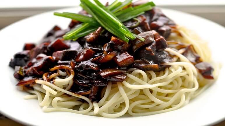 Mỳ tương đen Hàn Quốc