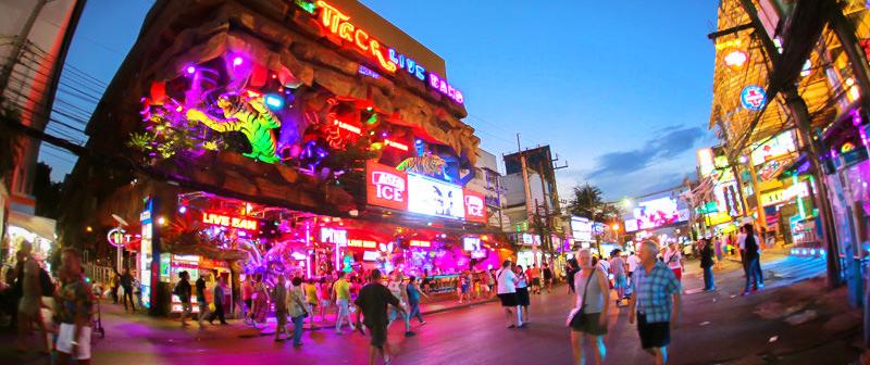 Phố đêm Soi Bangla Phuket Thái Lan
