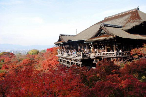 các ngôi chùa nổi tiếng tại nhật bản