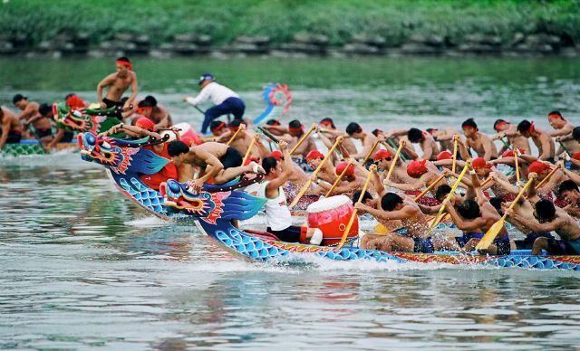 nét văn hóa đặc sắc của lễ hội đua thuyền rồng tại đài loan