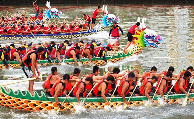 lễ hội đua thuyền rồng Lộc Cảng