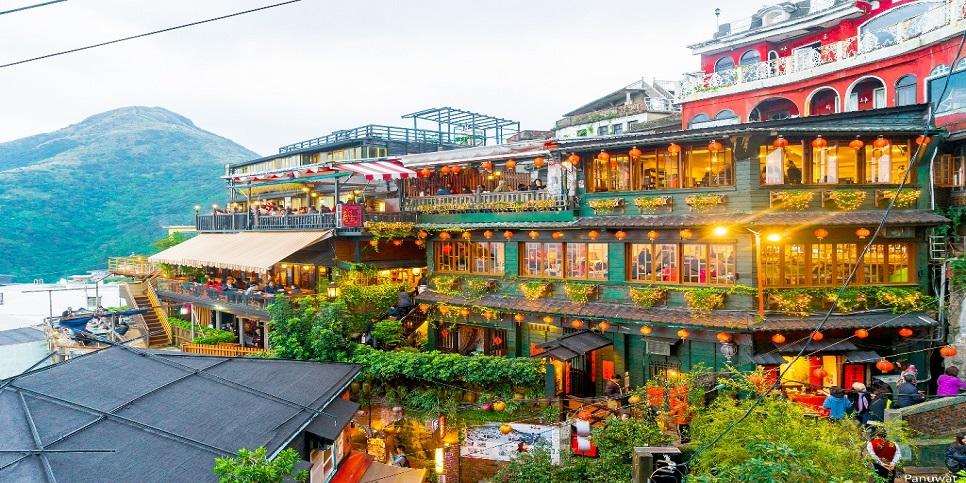 Khám phá làng cổ Cửu Phần tại Đài Loan