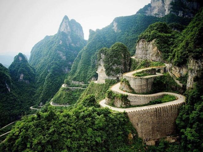 những trải nghiệm bạn nên thử khi du lịch trương gia giới phượng hoàng cổ trấn