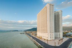Khách sạn dát vàng Danang Golden Bay – có gì mà hấp dẫn đến thế?