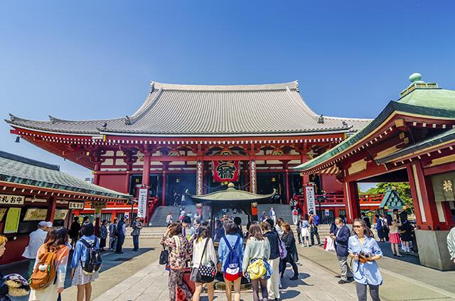đi tour du lịch Nhật Bản 6N5D không thể bỏ qua ngôi đền Asakusa linh thiêng