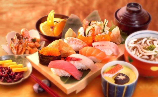 Đã đi du lịch Nhật Bản thì bạn đừng quên thưởng thức sushi