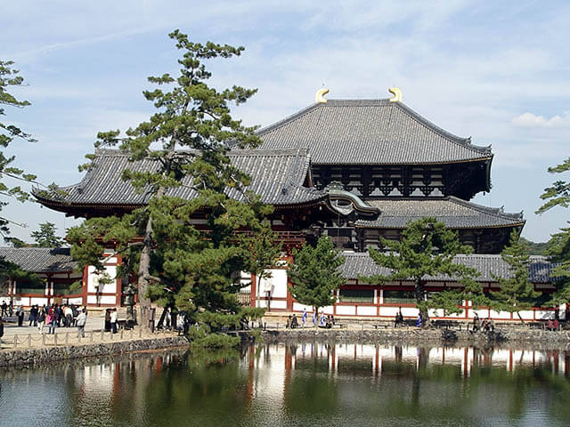 Đợt trùng tu lớn nhất của đền đài Todaiji là vào năm 1709