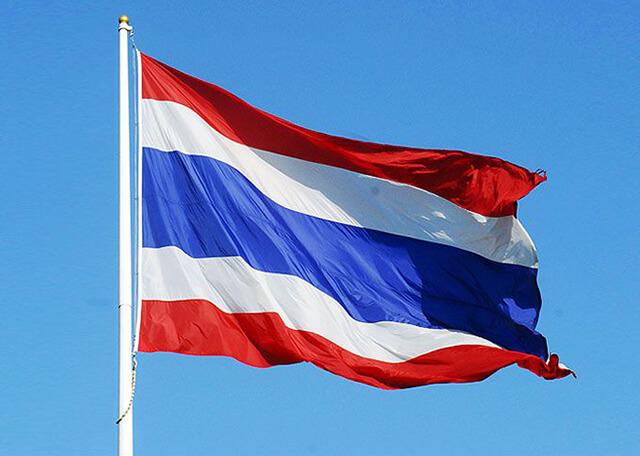 Du khách trong tour du lịch Thái Lan cần lưu ý về Cử quốc thiều của xứ chùa Vàng