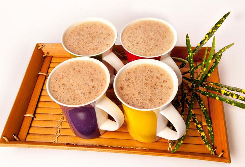 Thưởng thức vị trà sữa Đài Loan