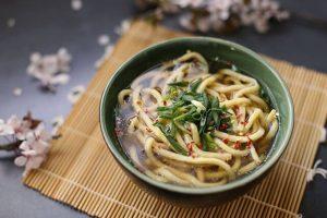 Du lịch Nhật Bản nhớ ăn mì udon