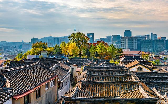 Làng Hanok Namsan nằm ở chân núi Namsan, quận Jung-go ở thủ đô Seoul