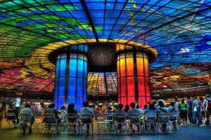 Nhà ga Formosa Boulevard không chỉ là một trạm dừng chân tàu điện mà còn là điểm thăm quan hấp dẫn cho du khách trong tour Đài Loan