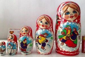 Tôi đã mua mấy con Matryoshka trong tour du lịch Nga 9 ngày 8 đêm