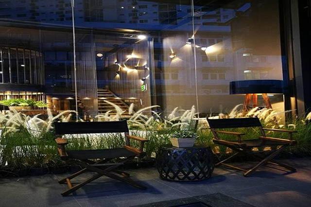 Khách sạn Sook Station có vị trí đắc địa, thuận tiện cho du khách khi di chuyển