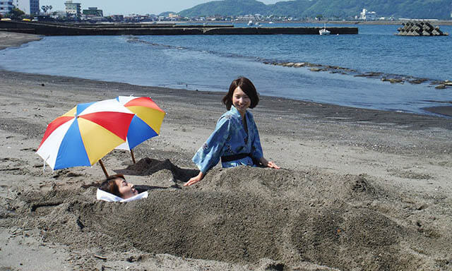 Việc tắm cát núi lửa trong tour Nhật Bản đem lại rất nhiều lợi ích sức khỏe