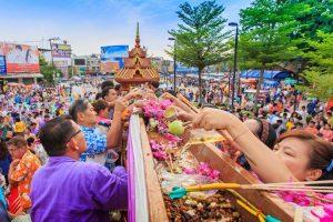 Tết Songkran – Lễ hội Té Nước ở Thái Lan bạn đã biết?