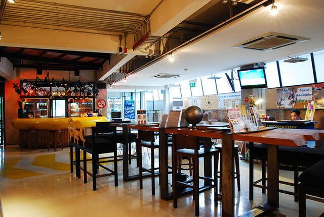 Lud d Bangkok Silom là một trong những địa điểm tá túc lí tưởng khi du lịch Thái Lan