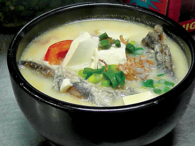 Món canh đậu phụ nấu rau muối chua có hương vị cực kì độc đáo và hấp dẫn