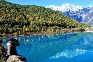 Mê mẩn với thung lũng Trăng Xanh trong tour Lệ giang Shangrila