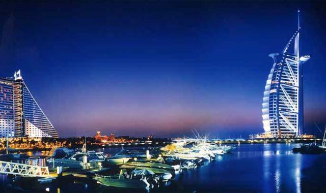 khách sạn Buji Al Arab Dubai