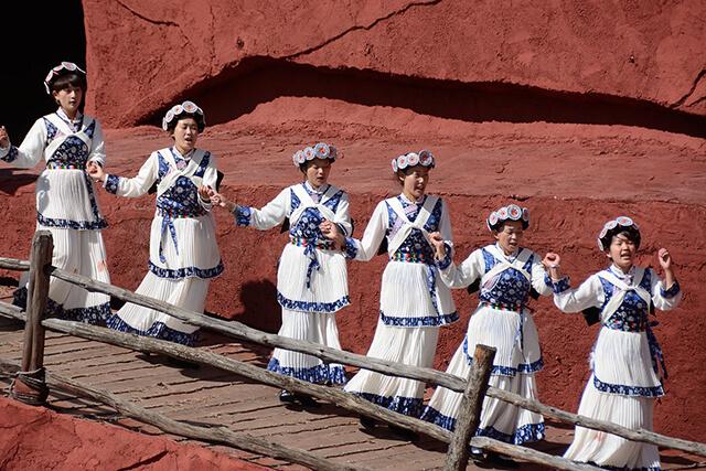 Thông qua Show diễn du khách sẽ hiểu rõ hơn về đời sống, văn hóa của các dân tộc tại Lệ Giang