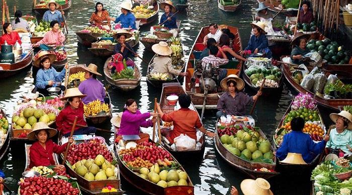 Chợ nổi Damnoen Saduak Thái Lan