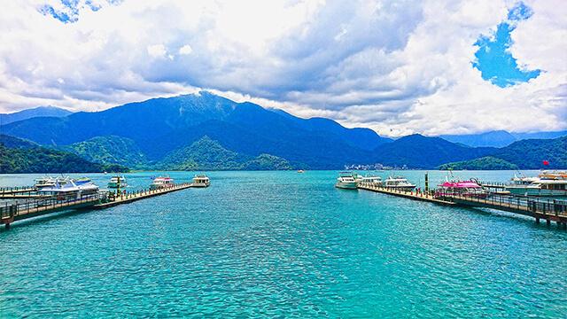 Nếu du lịch Đài Loan bạn đừng quên ghé thăm thắng cảnh Hồ Nguyệt Nhật ở Đài Trung