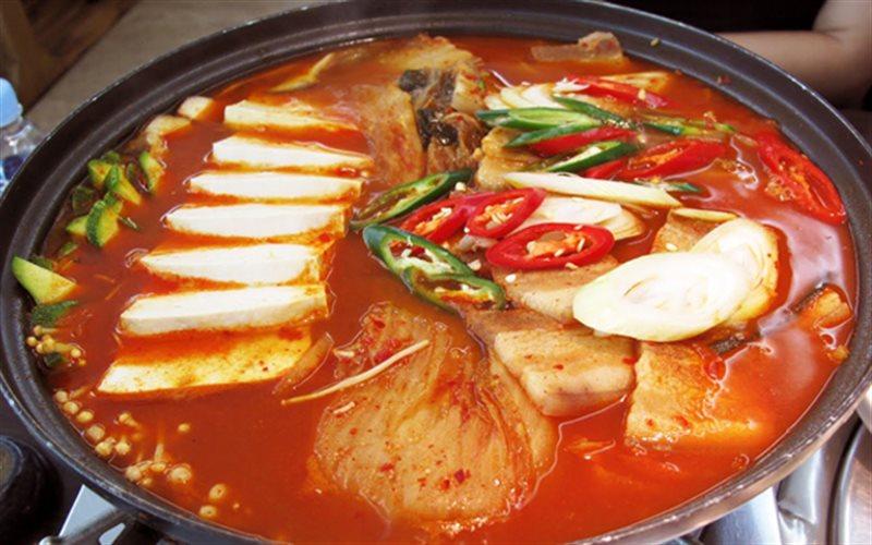 Lẩu kim chi Hàn Quốc