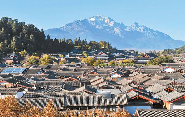 Một trong những câu hỏi được du khách băn khoăn nhiều nhất trong tour du lịch Shangrila là nên du lịch Lệ Giang lúc nào