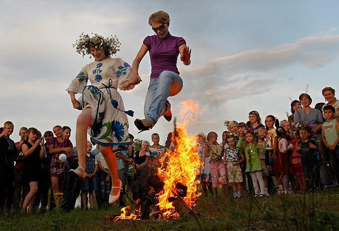 lễ hội Ivan Kupala mùa đông, nước Nga