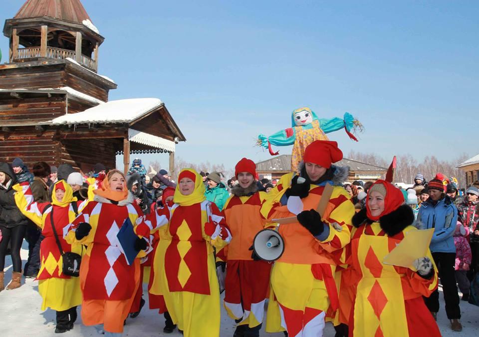 lễ hội Maslyanitsa ở Nga