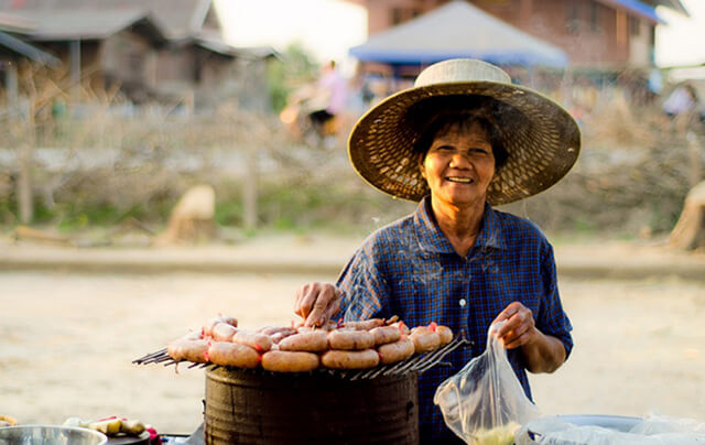 Thái Lan còn được gọi là vương quốc của những nụ cười