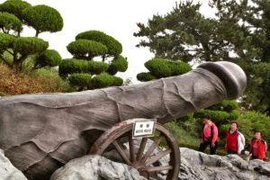 Câu chuyện về công viên dương vật Haesindang trong tour Hàn Quốc