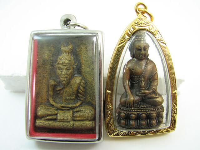 Bùa Phra-khruang có hình dáng là những bức tượng Phật nhỏ