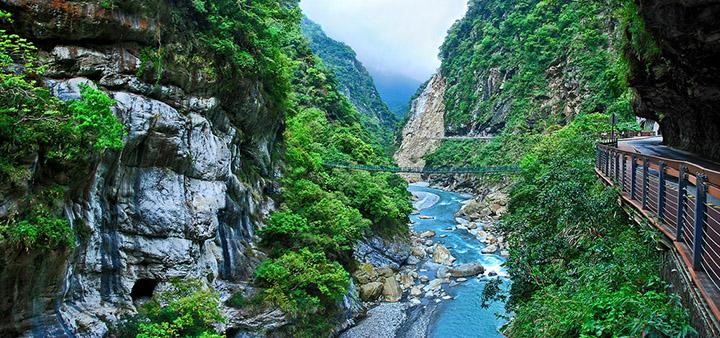 Cảnh sắc thiên nhiên tuyệt đẹp của công viên Quốc gia Taroko, Đài Loan.