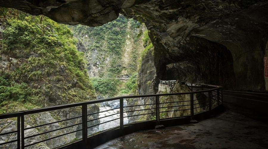 hang động Swallow Grotto
