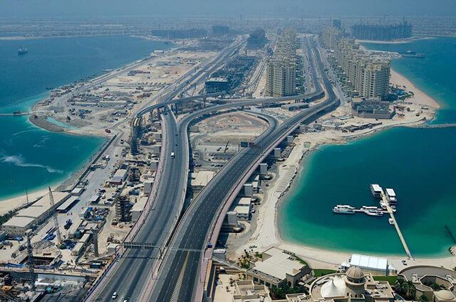 Từ một dải cát sa mạc khô nóng, kém phát triển Dubai đã có những nỗ lực đáng ngưỡng mộ để trờ thành mảnh đất giàu có bậc nhất hành tinh