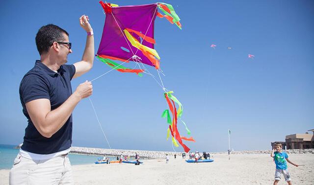 Lễ hội diều quốc tế Dubai còn là dịp để các thành viên trong gia đình dành thời gian vui chơi cùng nhau