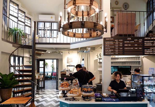 """Laff Cafe sở hữu phong cách 'sang chảnh"""", lí tưởng để du khách chụp hình, sống ảo"""