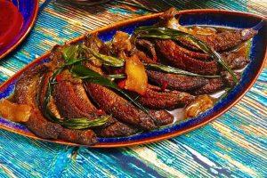 Cá trạch kho tàu hũ là món ăn thể hiện tấm lòng hiếu khách của người Thổ ở Trương Gia Giới