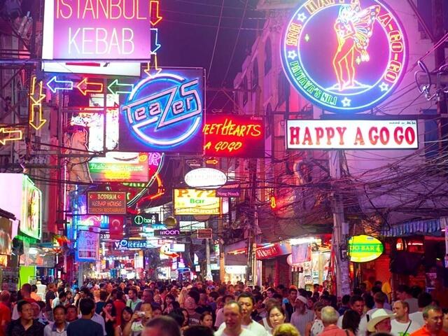 Phố đi bộ ( Walking Street) Thailand