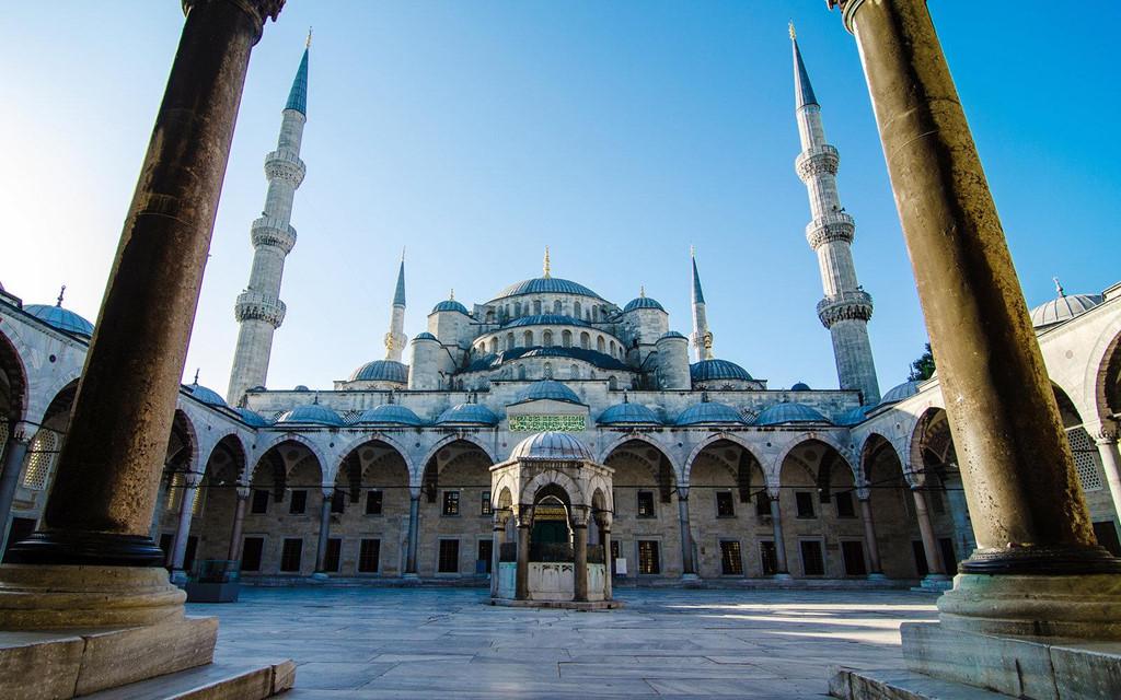 Thành phố có nhiều địa danh nổi tiếng, mang đậm văn hóa Hồi giáo