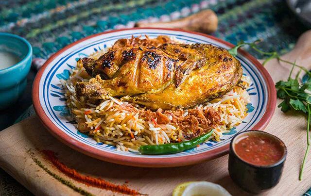 Cơm Mandi là một trong những món ăn đặc trưng của văn hóa ẩm thực Dubai