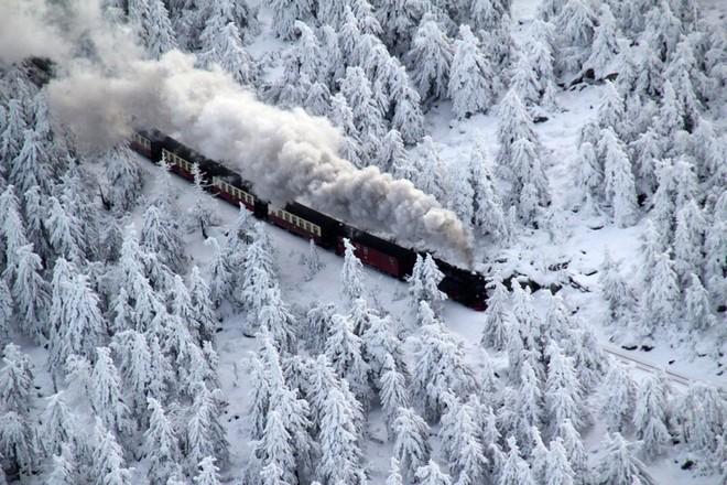 Nước Đức mùa đông phủ đầy tuyết trắng