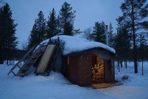 Thành phố Murmansk (Nga) yên bình, cổ kính quanh năm tuyết phủ